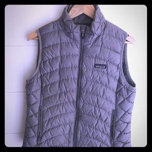 W' Patagonia down vest